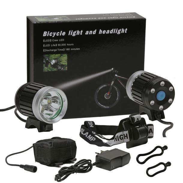 RC lygte - 3 x LED 1500 Lumen - 4 x 1600 mah standard batteri pakke.